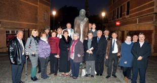 A belvárosi Bartók-emlékműnél